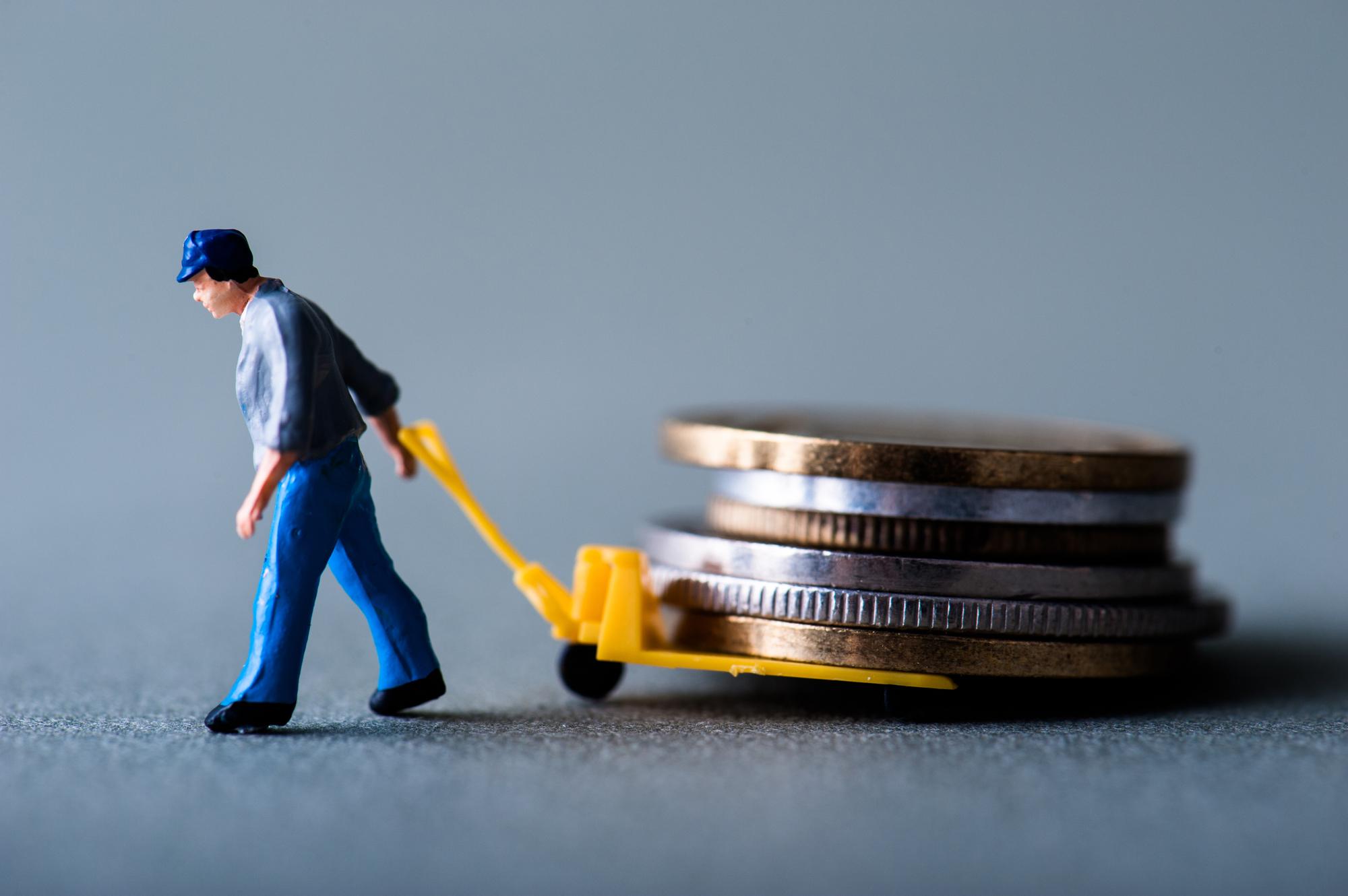 英語を使って毎月3万円を副業で稼ぐ!ネットを使った稼ぎ方3選とは?