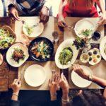 今世の中に食べ物があるのは過去誰かがそれを食べたからあるんだなって話
